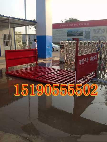果洛灑路面三輪柴油機灑水車排泥機與沖洗設備分體式
